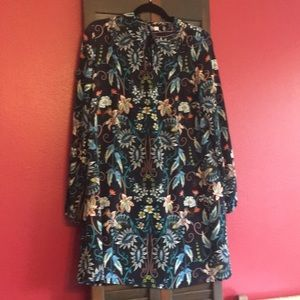 Swing dress xhilaration size M Navy Floral Print
